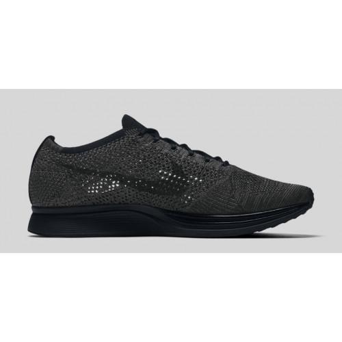 Nike Flyknit Racer Full Black